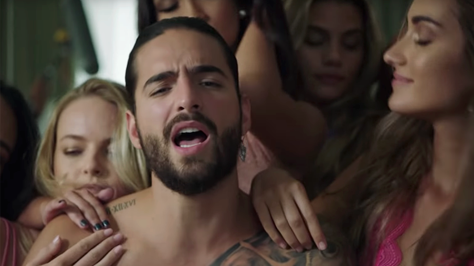 http://cinemagiants.coyotemediahouse.com/wp-content/uploads/2020/12/Maluma-Mala-Mia-unsmushed.png